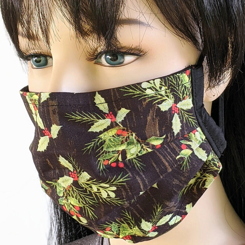 3 layer pleated folding style fabric face mask, traditional holly, one size