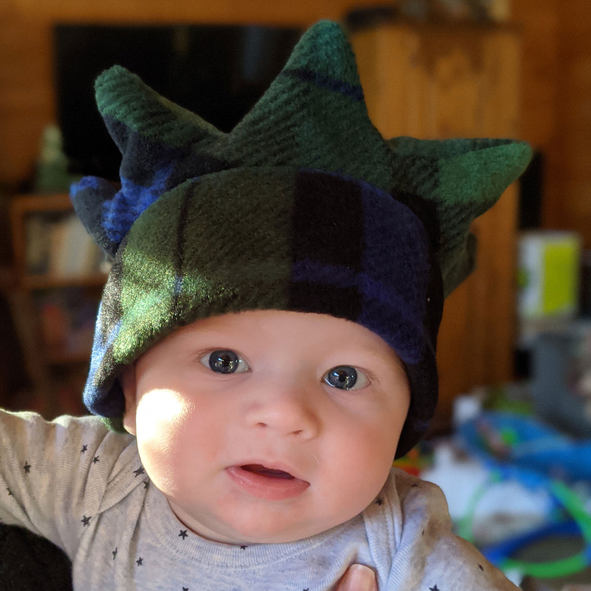 Baby Star Beanie Toque in assorted prints of premium fleece