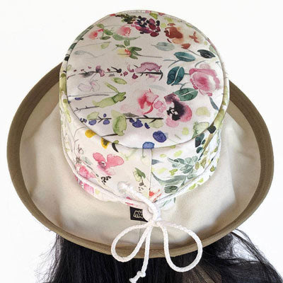 123 UV summer hat sun hat with large wide brim featuring wildflower floral print