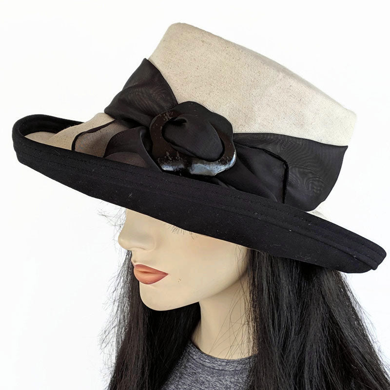 310 Extra Large Brim Sunblocker with scarf and buckle natural with black trim