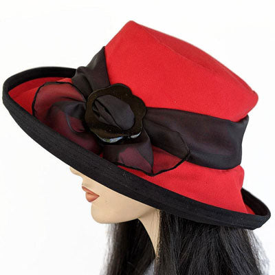 313 Extra Large Brim Sunblocker with scarf and buckle red with black trim