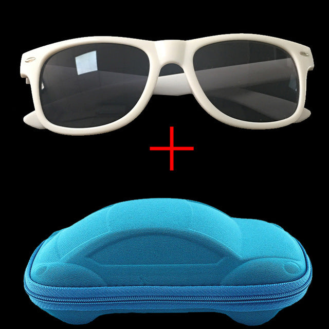 Sunglasses with car shaped case - Choose your color