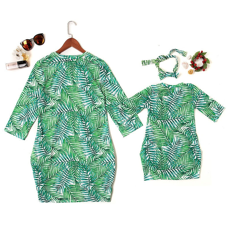 Tropical M&D outfit