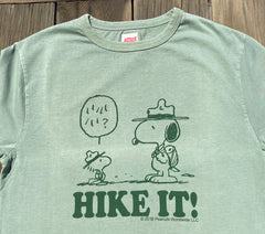 TSPTR Hike It. Green shirt with Snoopy and woodstock standing facing each other. underneath it says Hike It!