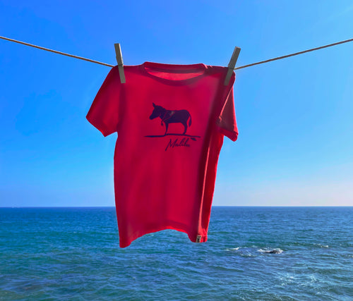 Red T-shirt with Donkey design and Malibu text