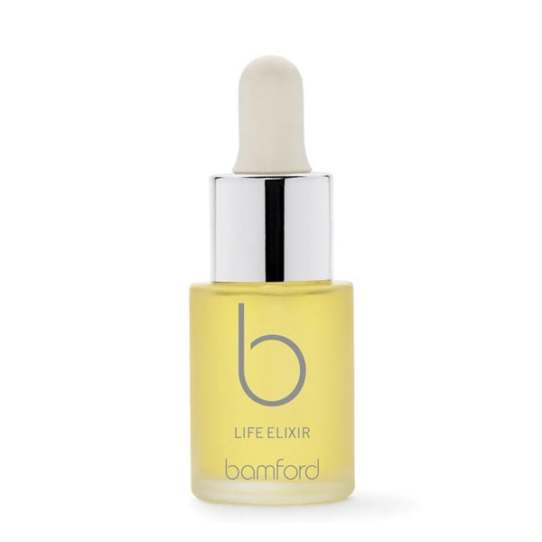Life  A powerful treatment elixir. Highly concentrated organic argan oil with strawberry seed oil. Rich in omega fatty acids and antioxidants, to deeply hydrate the skin. These precious drops can be used alone or mixed with your favourite product to boost.  SIZE - 15ml