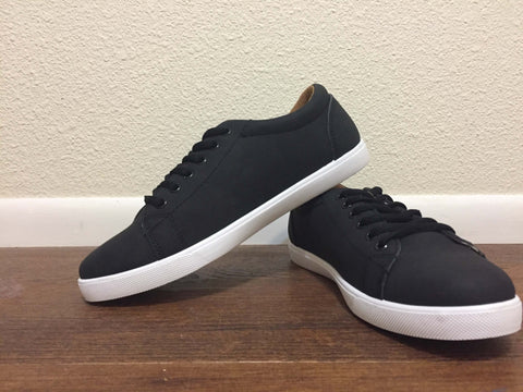 Black Mata Sneakers - Everyday Eden