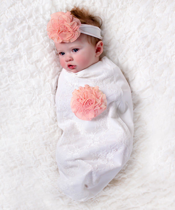 Lace & Roses Baby-Cozy Cocoon