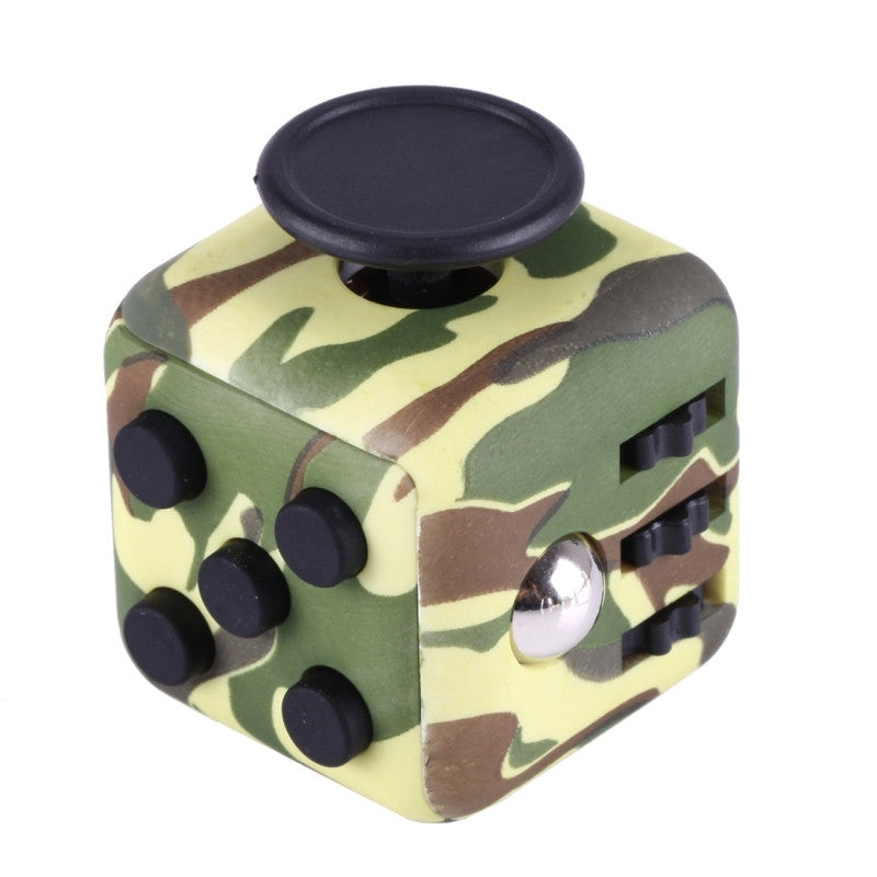 Green Commando Focus Cube
