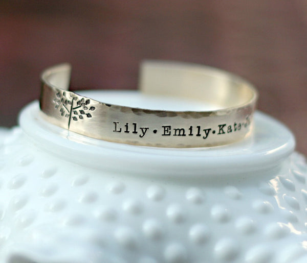 Personalized Stamped Gold Family Tree Bracelet with Names