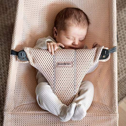 BabyBjorn Bouncer Bliss Soft Collection - Pearly Pink Mesh