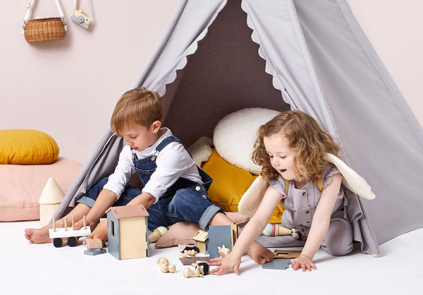 Little Green Sheep Play Tent in Grey
