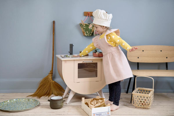 Sebra Kids Apron & Hat set in Dusty Pink / Classic White