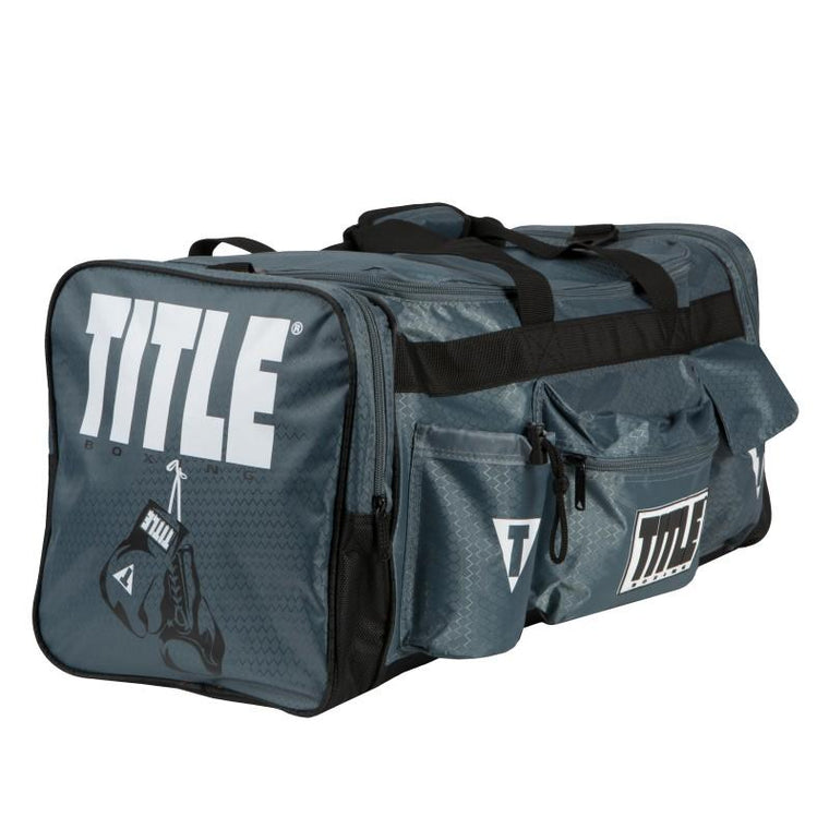 a6b7a02211 TITLE DELUXE GEAR BAG 2.0 GREY