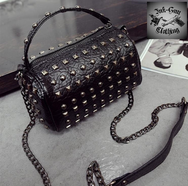 Rivet attitude purse BLACK