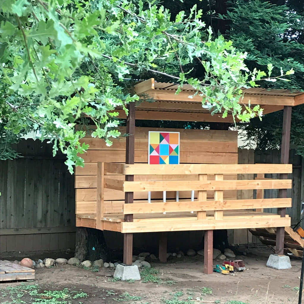 Play room barn block in kids play house