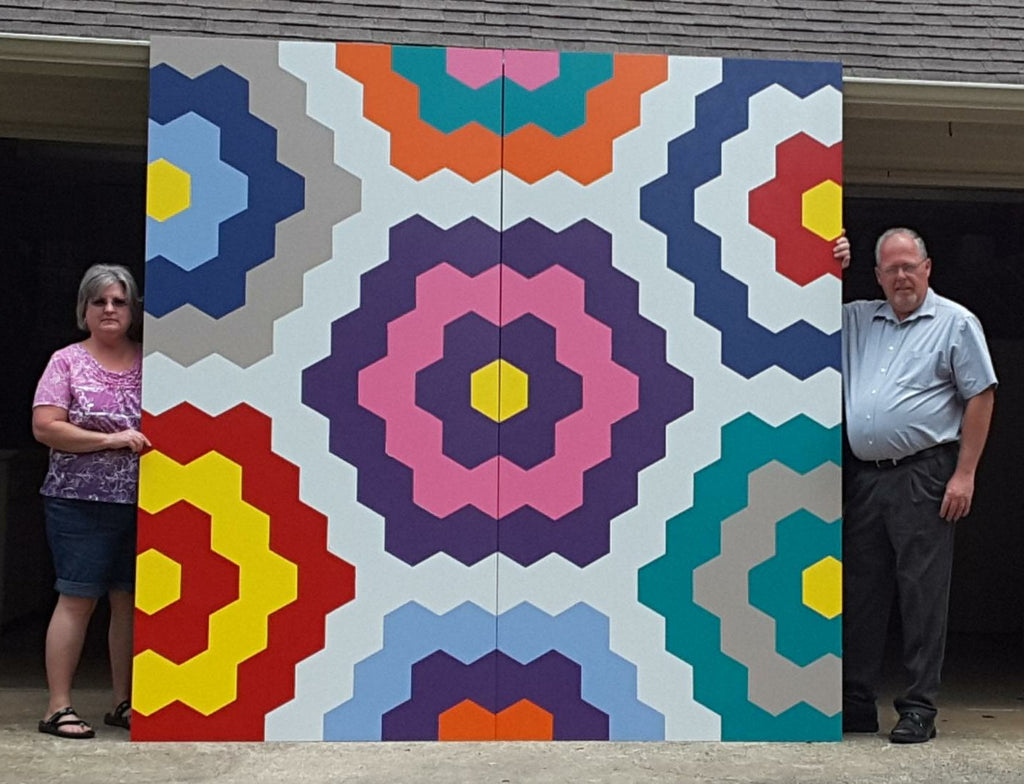 Dale and Lisa Robinson with the Alabama Barn Quilt Trail