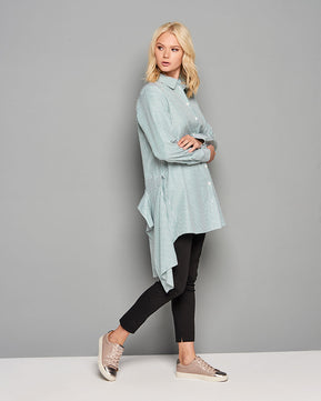 Oversized shirt with asymmetric back hemline