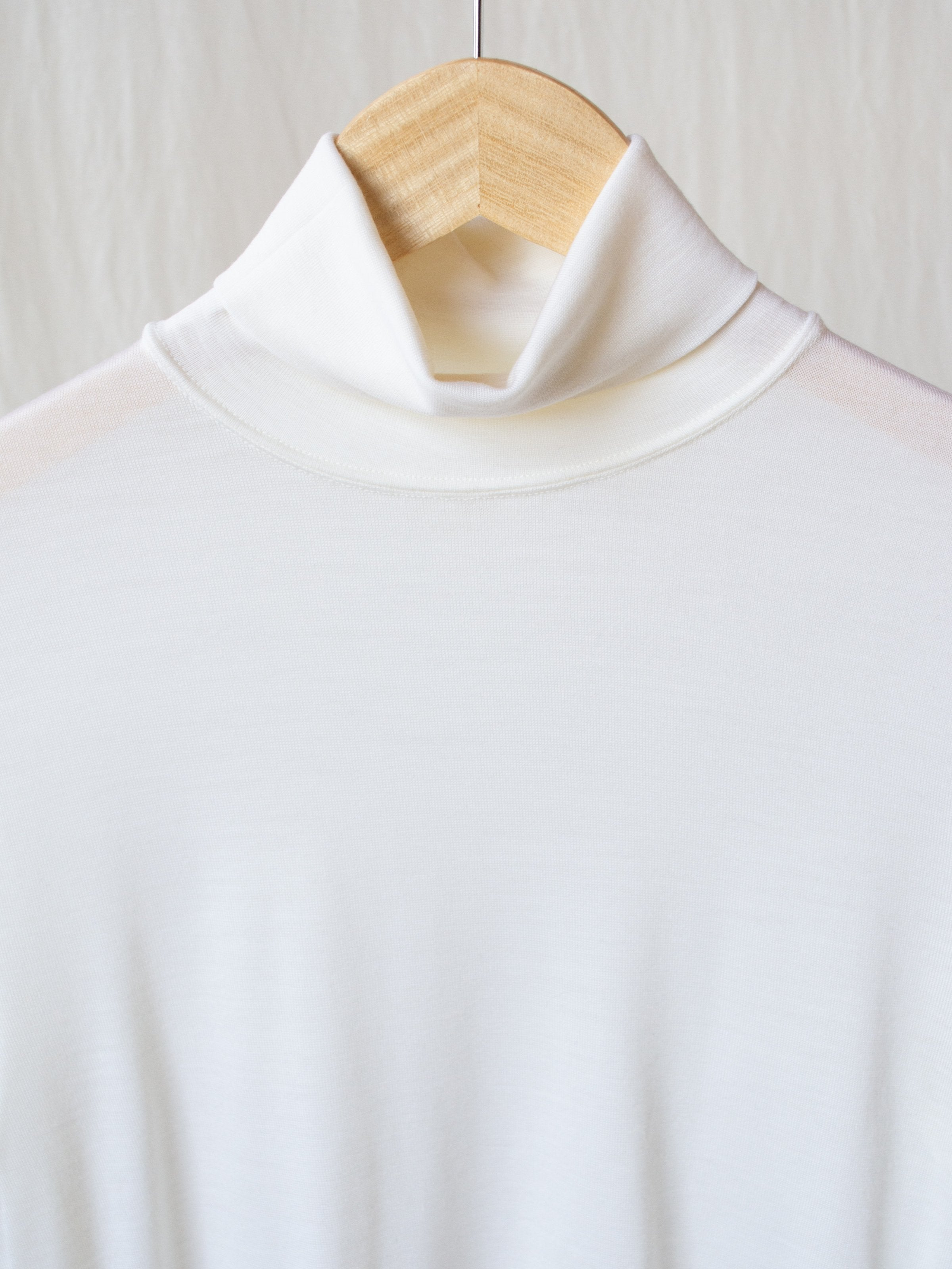 Namu Shop - Phlannel Wool Turtleneck T-Shirt - White