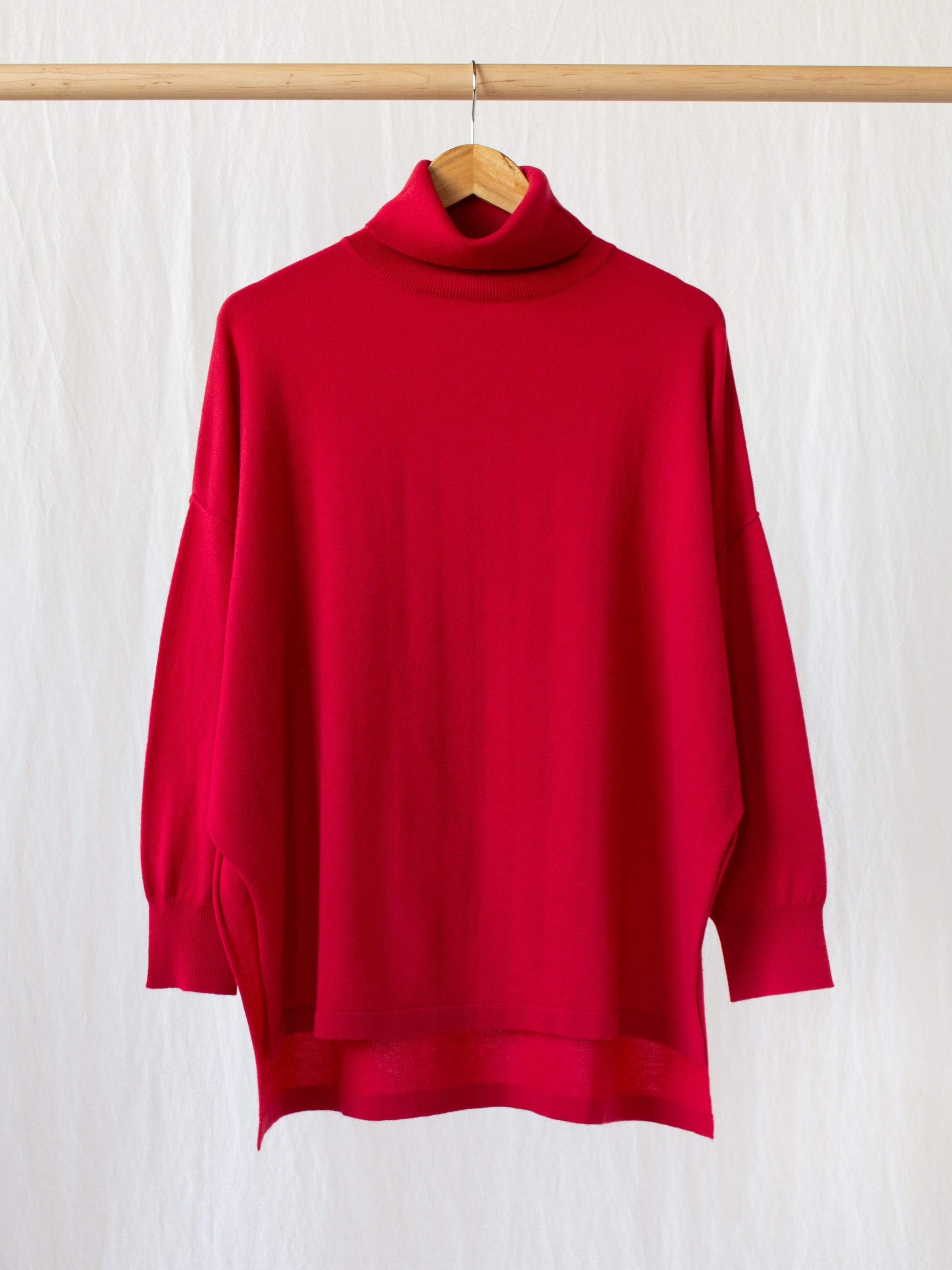 Namu Shop - Veritecoeur Relaxed Cashmere Turtleneck Sweater - Red