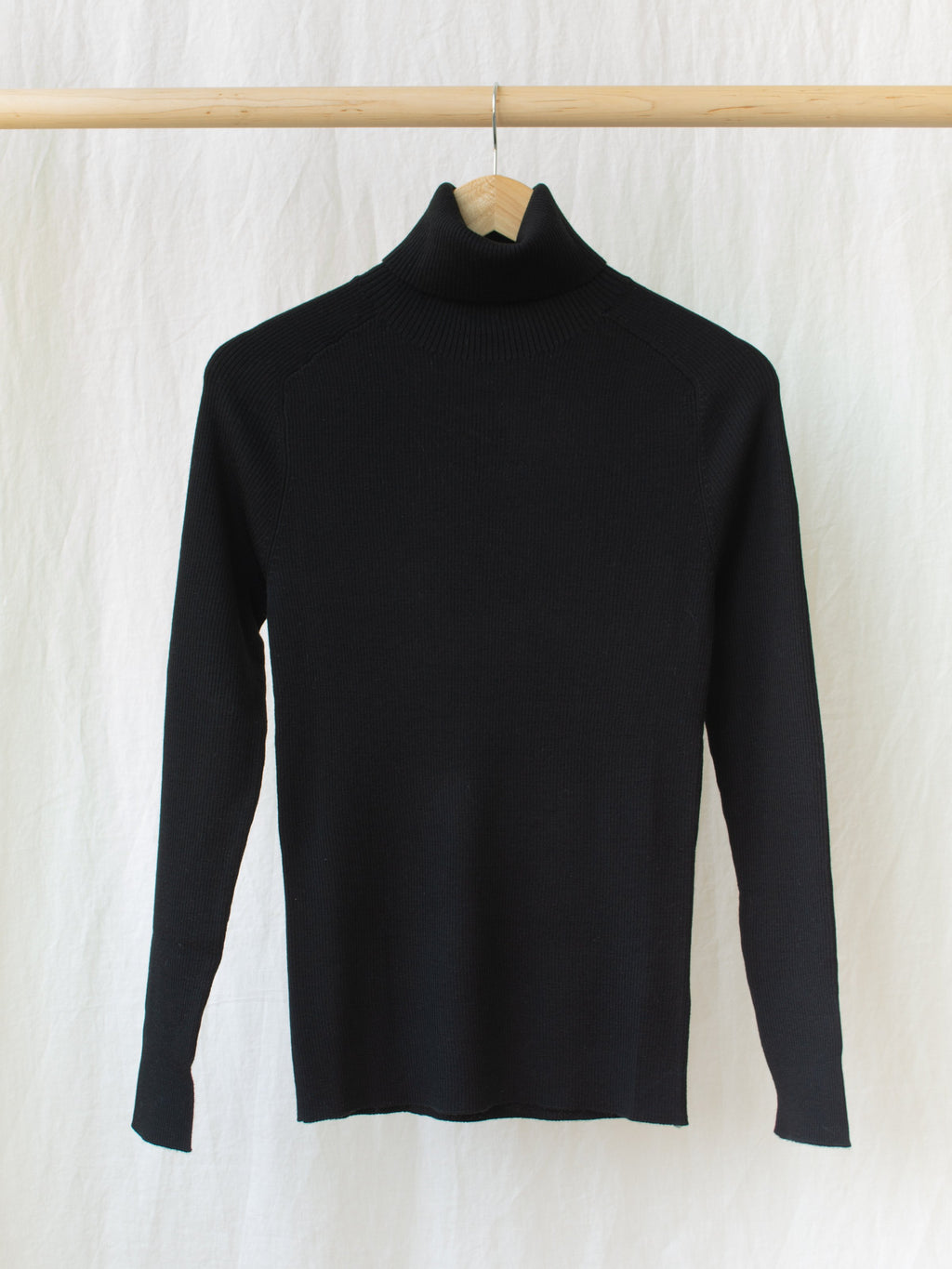 Namu Shop - Studio Nicholson Fine Merino Rib Turtleneck - Black
