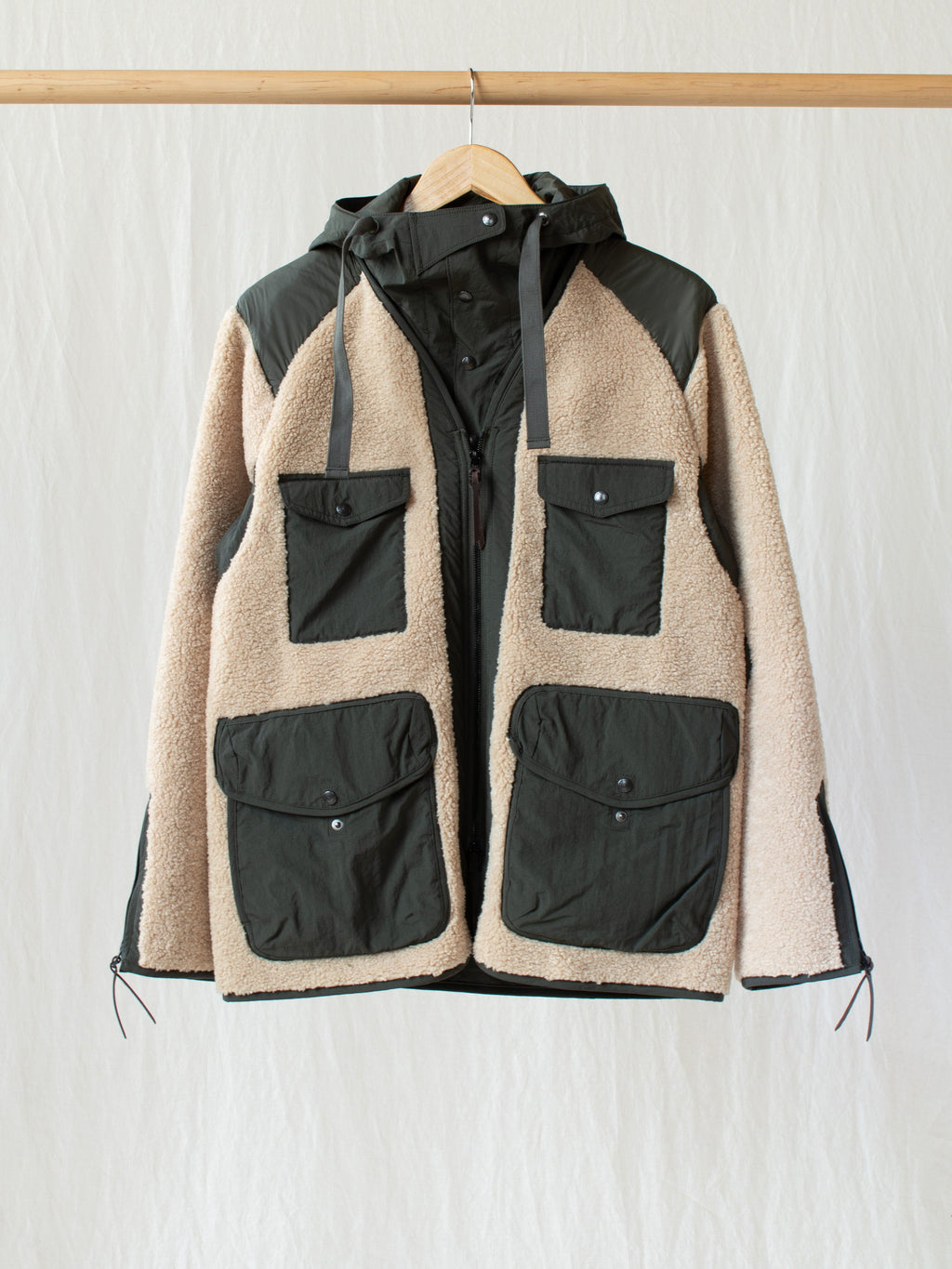 Namu Shop - Eastlogue Traveler Jacket - Beige & Olive