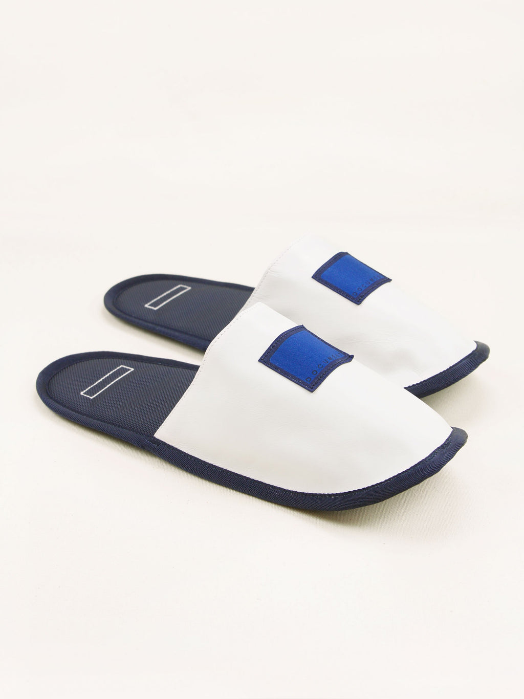 Namu Shop - Document Inflight Slippers