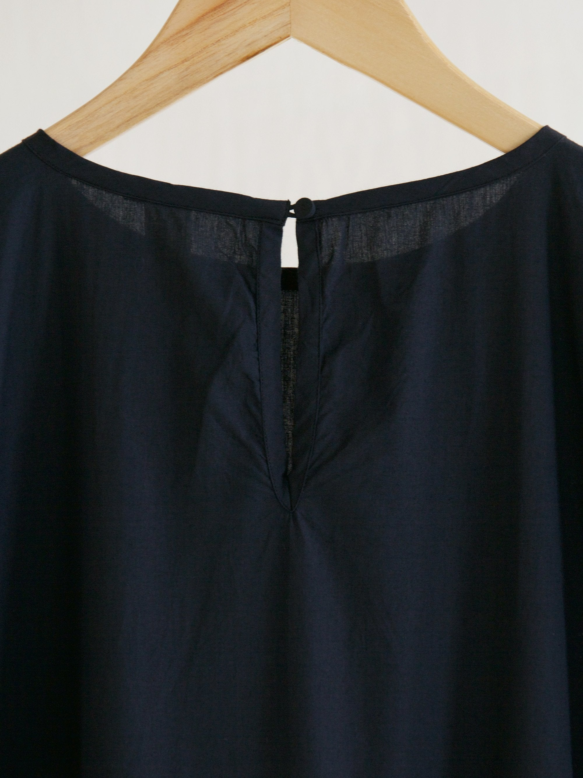 Namu Shop - Veritecoeur Pleated Dress - Dark Navy