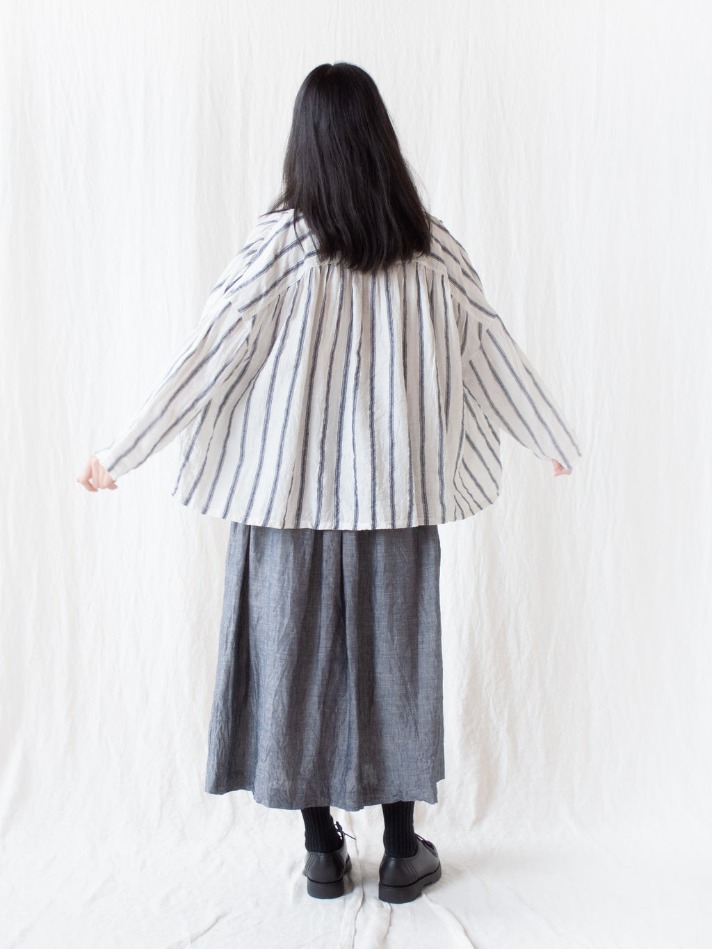 Linen Stripe Band Collar Shirt