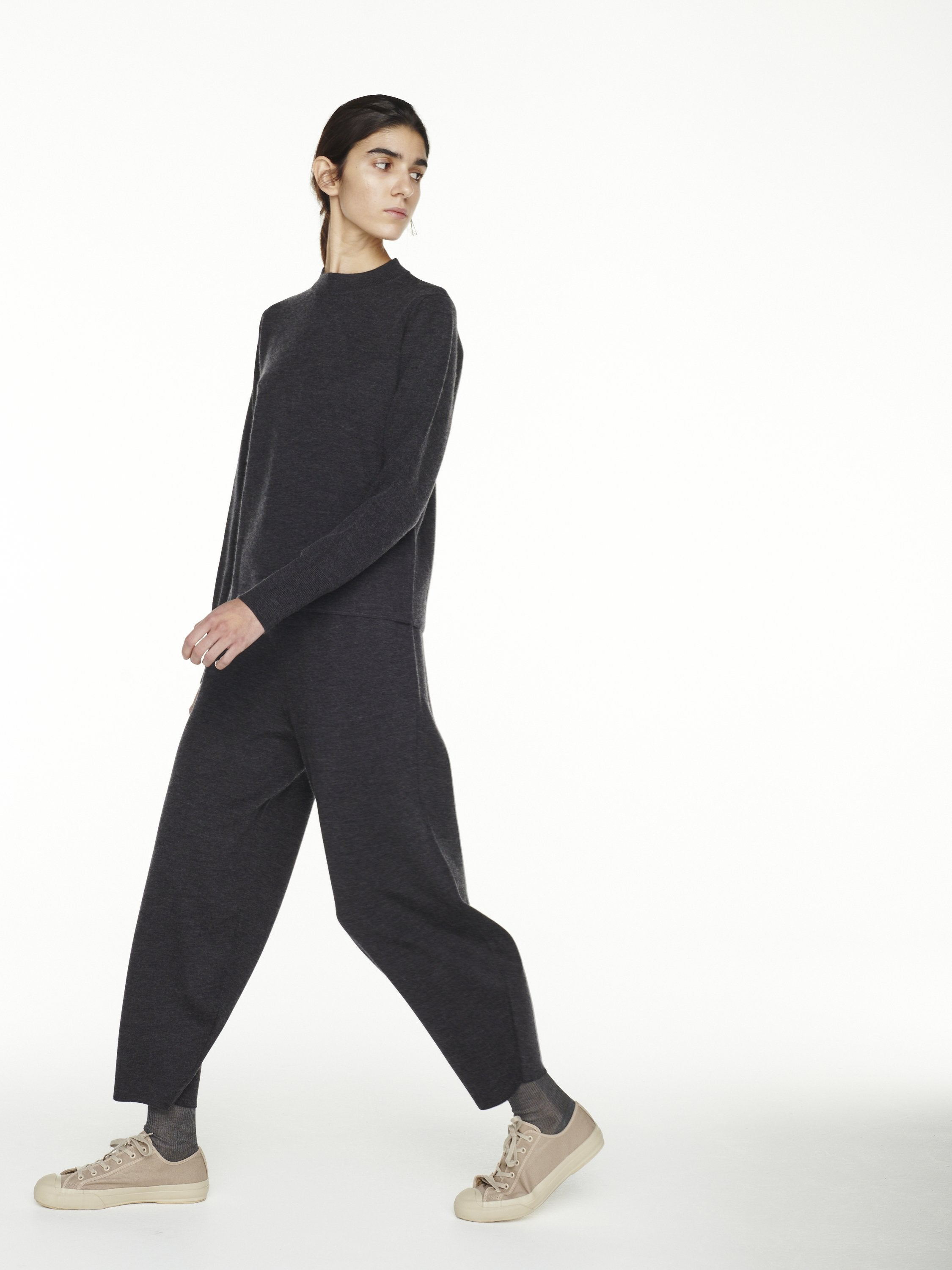 Moura Sculpted Wool Cashmere Trouser - Graphite