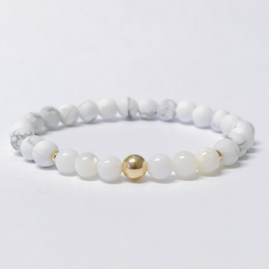 Howlite + Mother of Pearl Bracelet - Salt + Sage