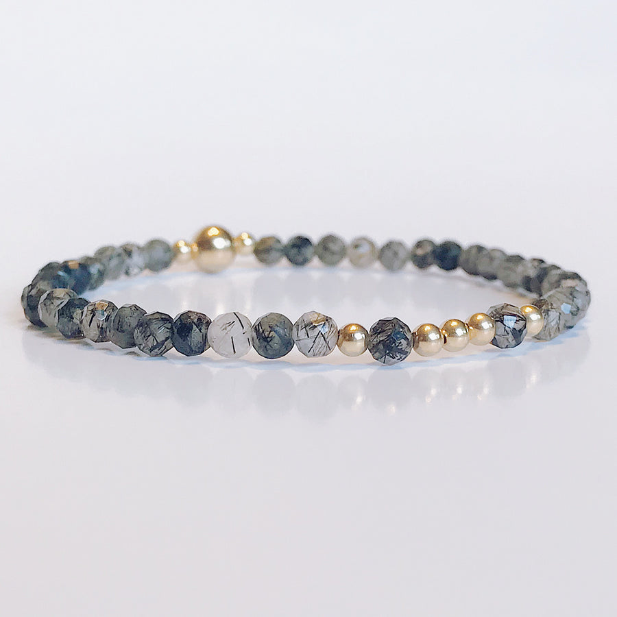 Tourmalinated Quartz Illumination Bracelet - Salt + Sage