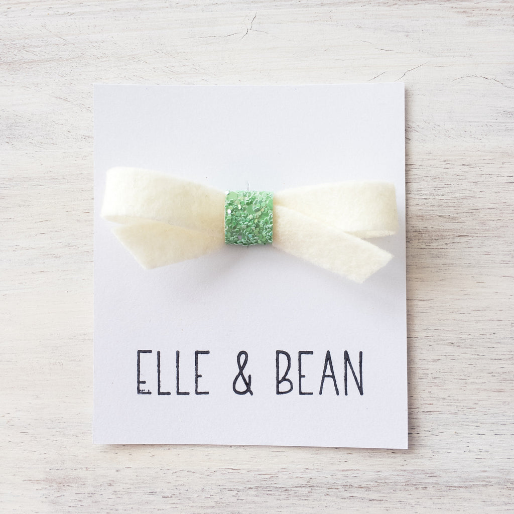 Fresh Milk & Wasabi Lilly Bow