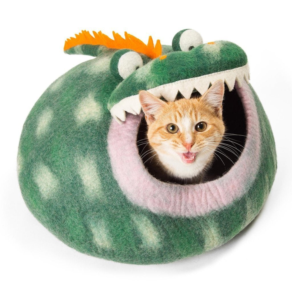 Handmade Wool Cat Cave Bed - Green Dragon