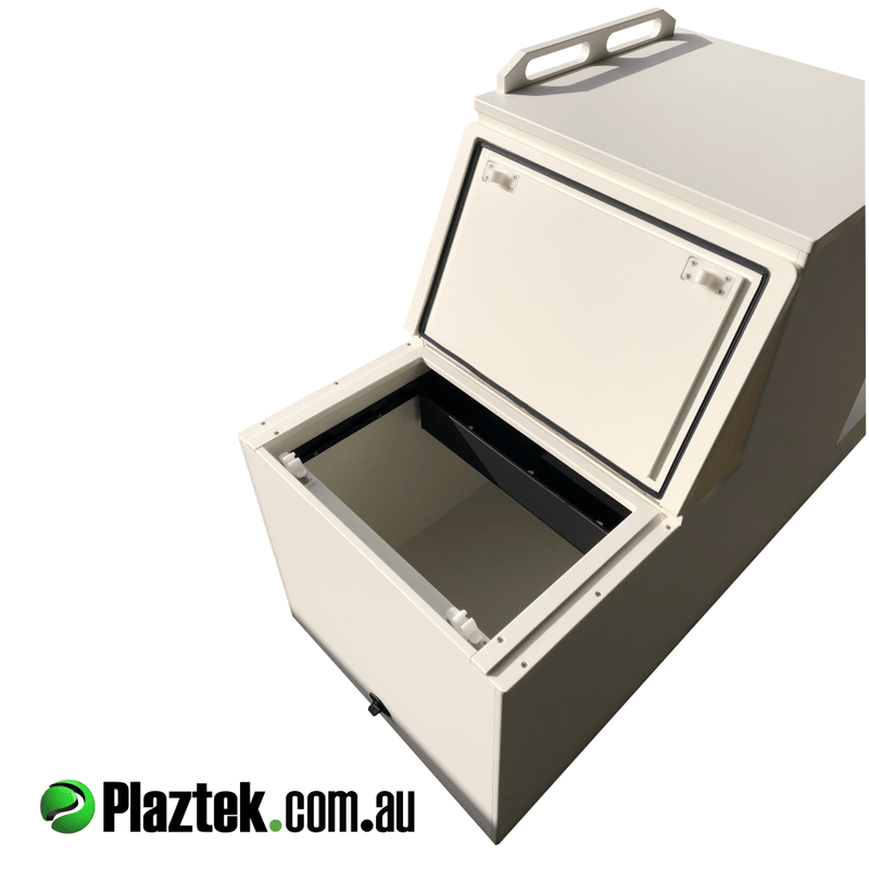 Boat seat box with the 75l esky lid open. 19mm King StraBoard is used on the top of the seat box. Made in Australia