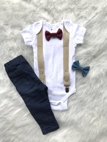 Onesie with suspenders and interchangeable bow ties - Tan