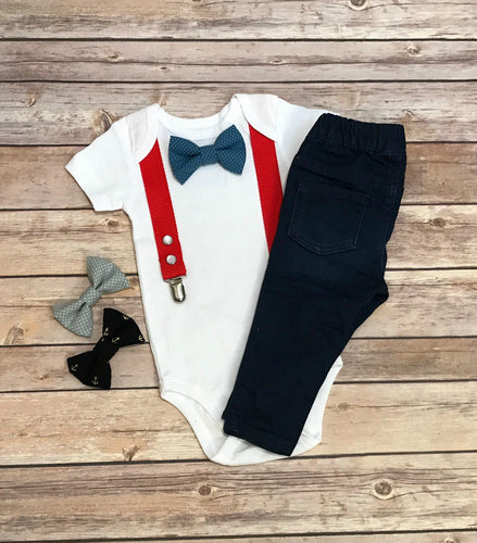 Onesie with suspenders and interchangeable bow ties - Red