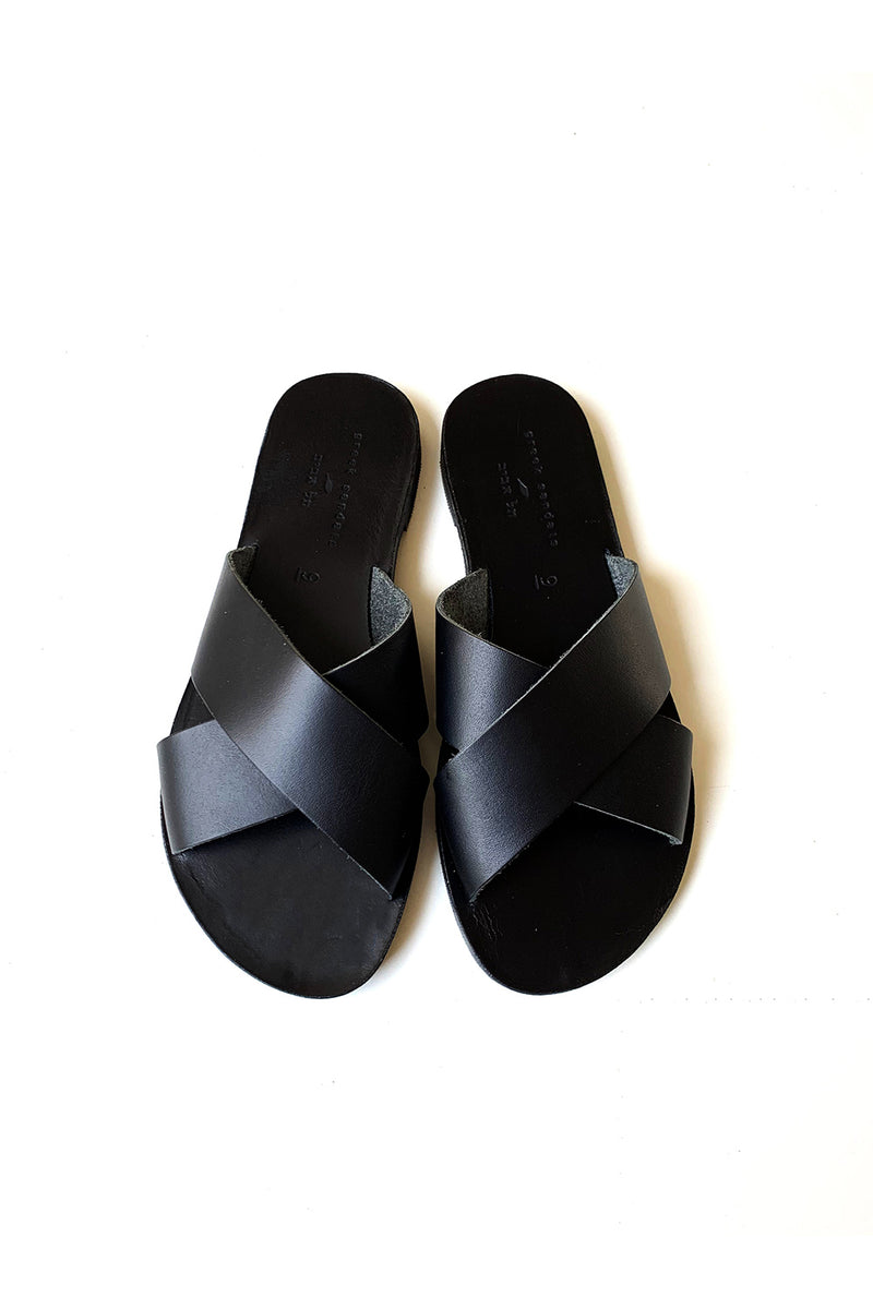 alma sandals all black