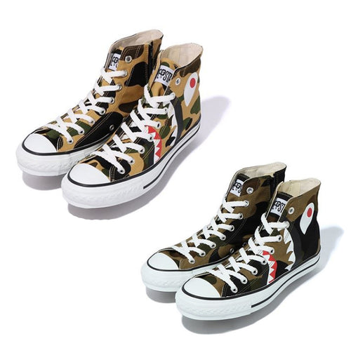 A BATHING APE 1ST CAMO SHARK APE STA HI