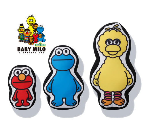 A BATHING APE BAPE x SESAME STREET CUSHION SET