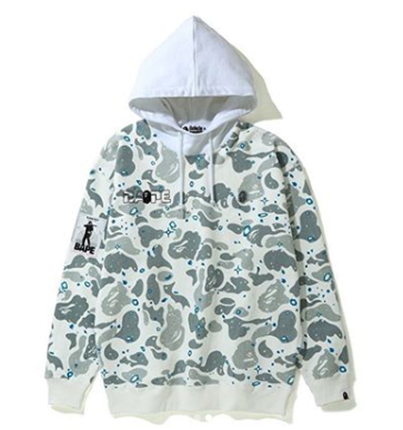 A BATHING APE LADIES' SPACE CAMO OVERSIZED PULLOVER HOODIE - happyjagabee store