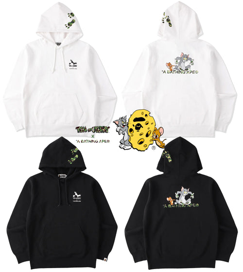 A BATHING APE BAPE X TOM AND JERRY FOOTPRINTS PULLOVER HOODIE