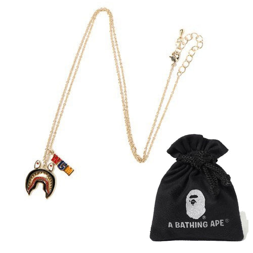A BATHING APE LADIES' SHARK NECKLACE