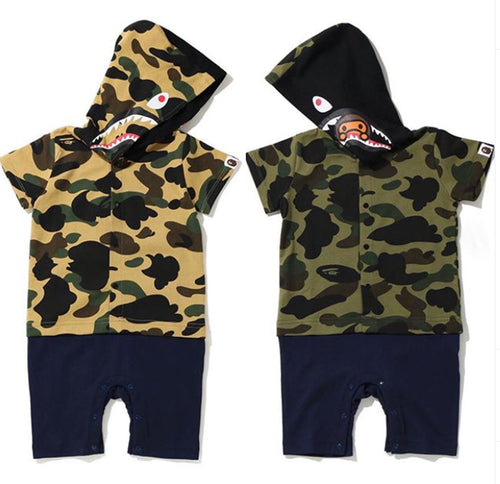 A BATHING APE BAPE KIDS 1ST CAMO SHARK ROMPERS