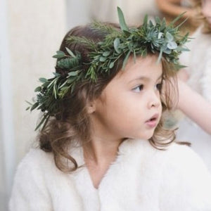 Mudgee florist Mudgee Monkey is a local based florist in the Mudgee Area. Pictured is foliage gum flower childs full flower crown,