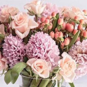 mudgee florist Mudgee Monkey is a local based florist in the Mudgee Area.  Free delivery and mothers day. mudgee flowers