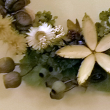 Load image into Gallery viewer, Dried and Preserved Flower Wreath