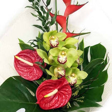 Load image into Gallery viewer, Mudgee florist Mudgee Monkey is a local based florist in the Mudgee Area. Pictured is a tropical flower bouquet