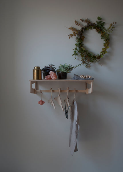 Second choice Clothes Shelf