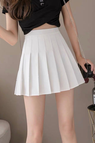 Carefree Mini Skirt - White